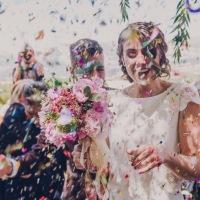 Arroz y otras alternativas para la salida de los novios en una boda