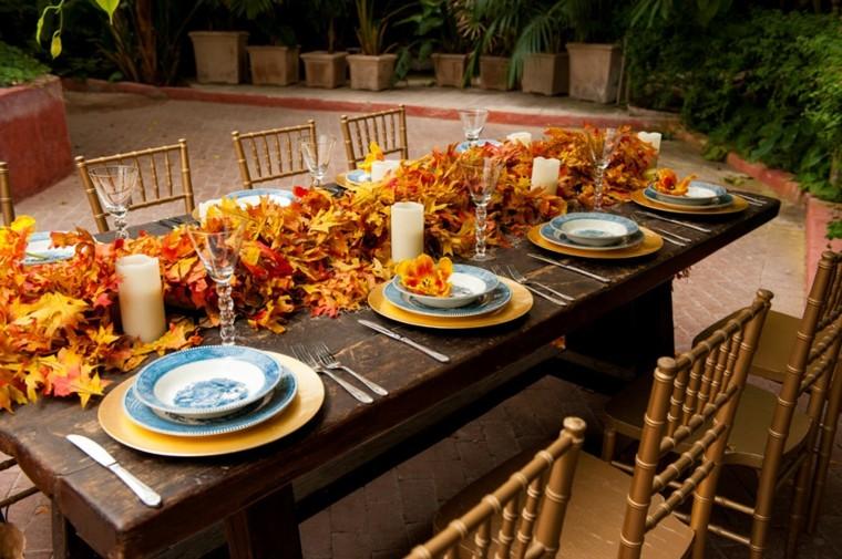 camino de mesa de hojas secas en una boda ecológica
